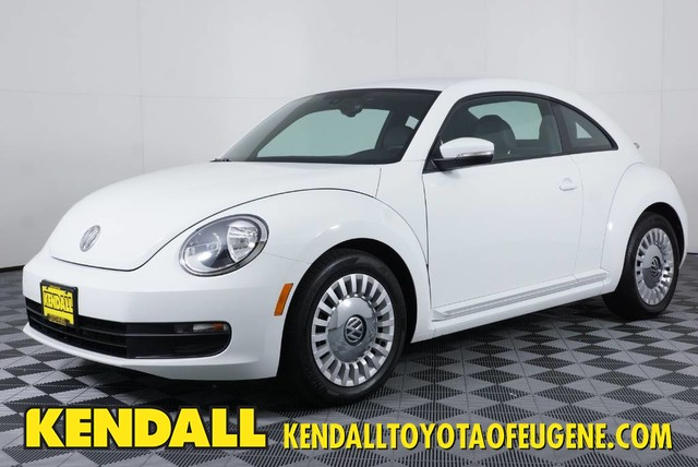 Pre-Owned 2016 Volkswagen Beetle Coupe 1.8T SE
