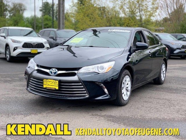 Pre-Owned 2017 Toyota Camry Hybrid LE