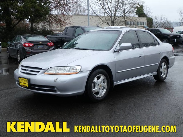 Pre-Owned 2002 Honda Accord Sdn EX w/Leather